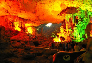 dau go cave a beautiful cave
