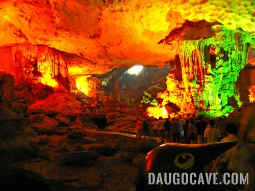dau go a beautiful cave